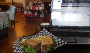 Lunch and Blogging at Cool Beans Clarksville, MO